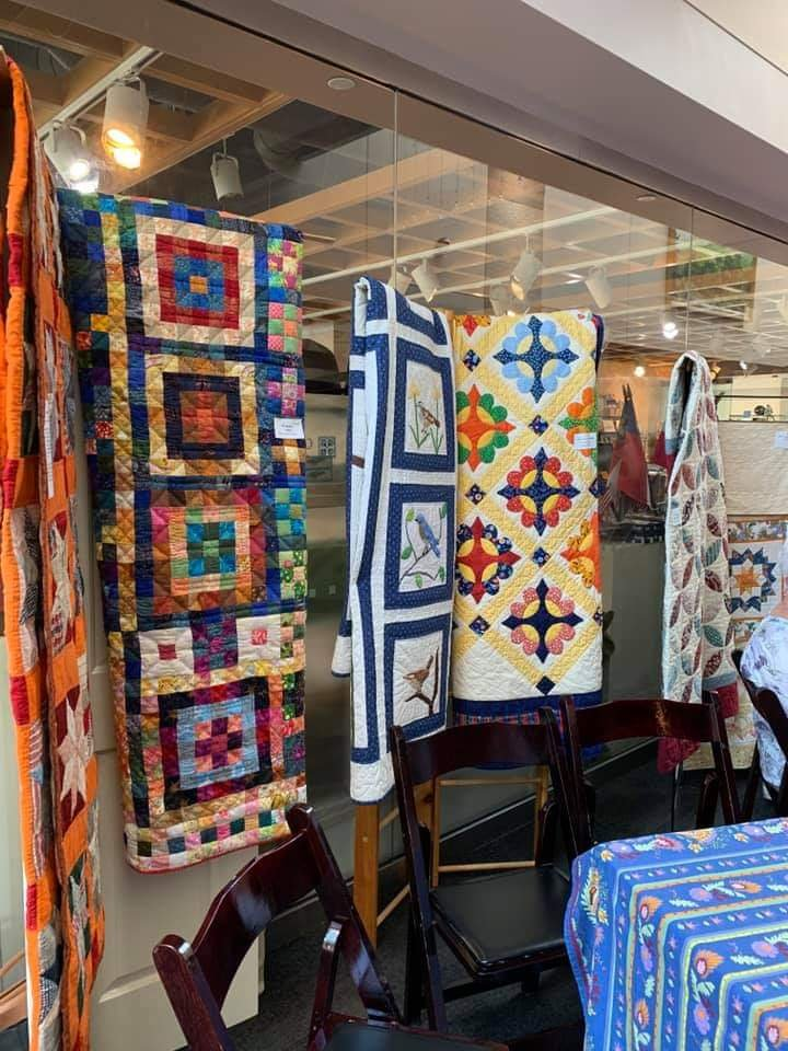 Quilts by Cedar Grove Quilters at the Quilt In